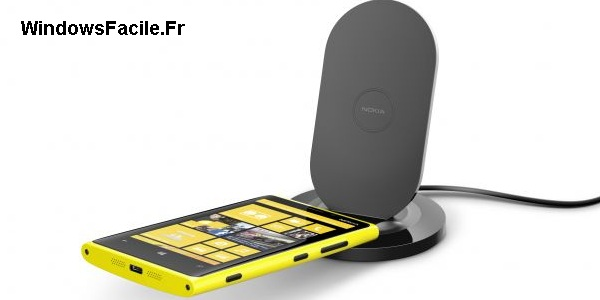Lumia 920 : test du chargeur sans fil Nokia DT910