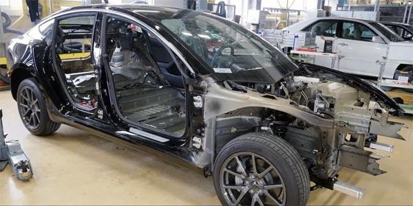 Tesla Model 3 démontée